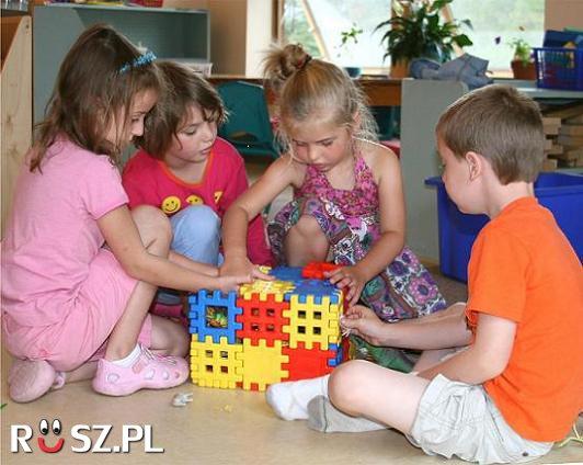 Ile pytań dziennie zadaje przeciętne czteroletnie dziecko ?