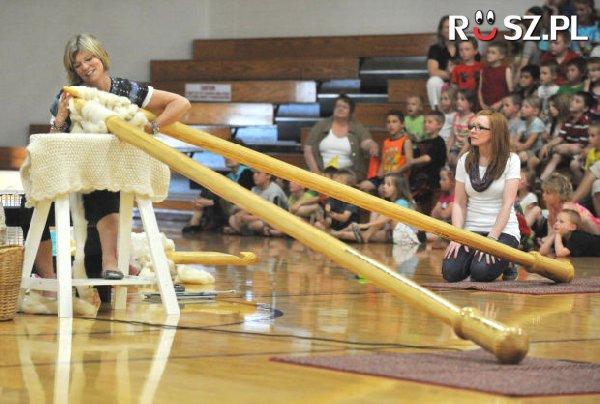 Ile metrów ma każdy z tych drutów?