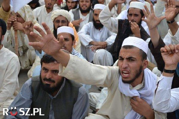 Ile dziewic czeka na muzułmanów w raju?