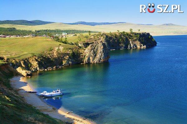 Jaki % słodkiej wody świata mieści jezioro Bajkał?