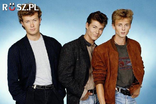 Z ilu członków składa się słynny norweski zespół A-ha?