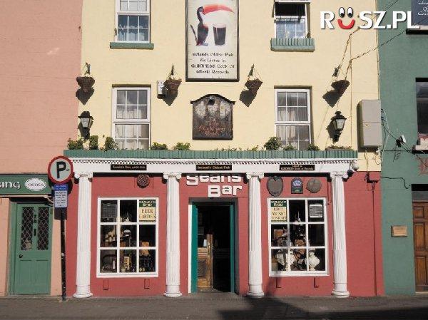 Od którego roku funkcjonuje najstarszy pub na świecie?