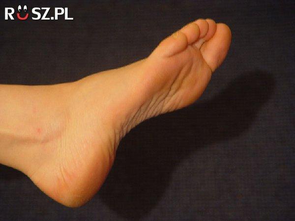 Jakiej długości była stopa największego człowieka na świecie ?