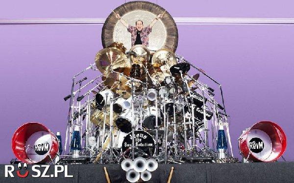 z ilu elementów składa się największa perkusja świata?