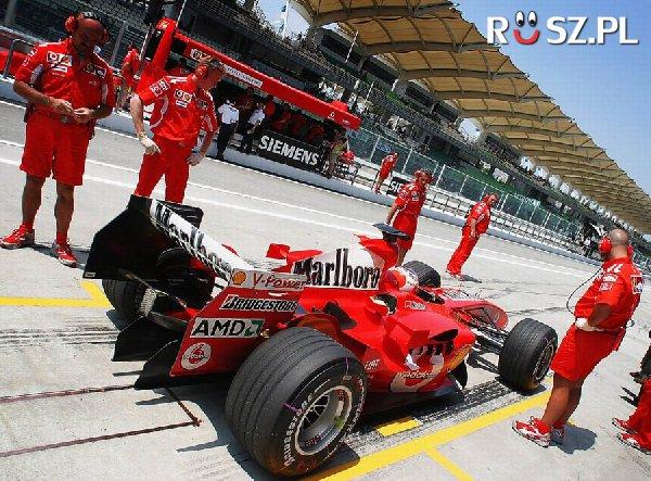 Od ilu lat ścigają się w Formule 1?
