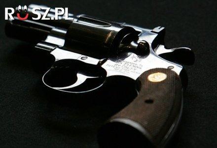 Ile tysięcy Polaków ma pozwolenie na broń?