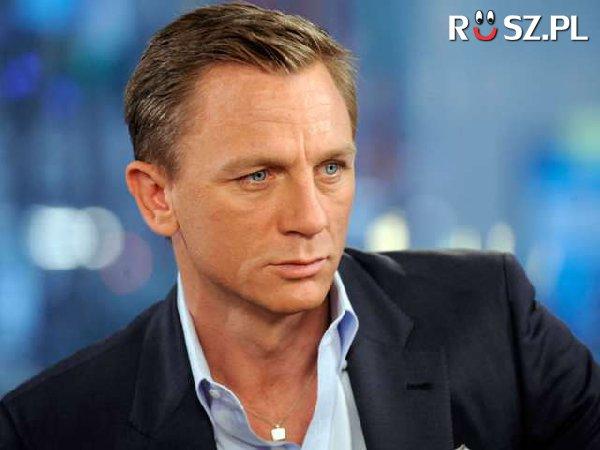 W ilu filmach ten przystojniak  wcielił się w Bonda?
