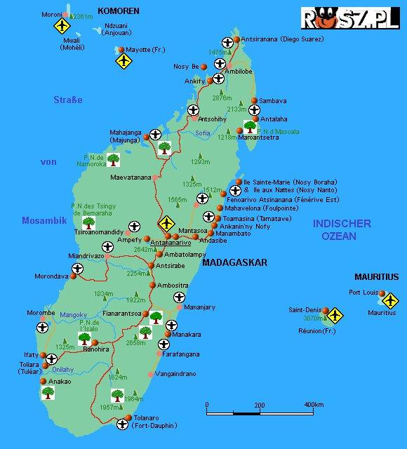 Ile % fauny i flory Madagaskaru to endemity ?