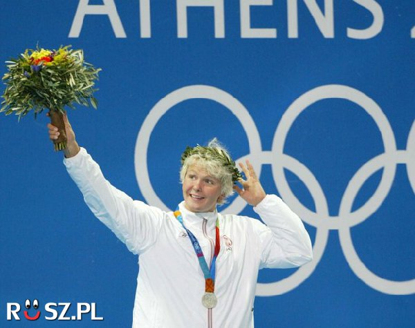 """Na jakim dystansie """"Motylia"""" wywalczyła złoto na Igrzyskach w Atenach?"""