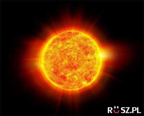 Ile minut światło leci ze słońca na ziemię?