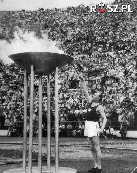 Od którego roku jest ceremonia zapalania znicza olimpijskiego?