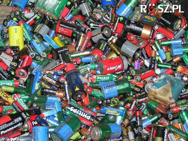 Ile milionów baterii rocznie zużywają Polacy?